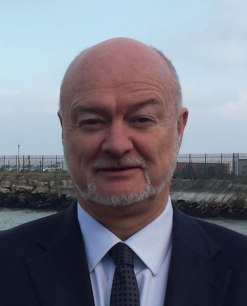 Steve Davies :